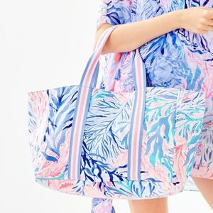 NWT Lilly Pulitzer Lilly Lagoon Tote